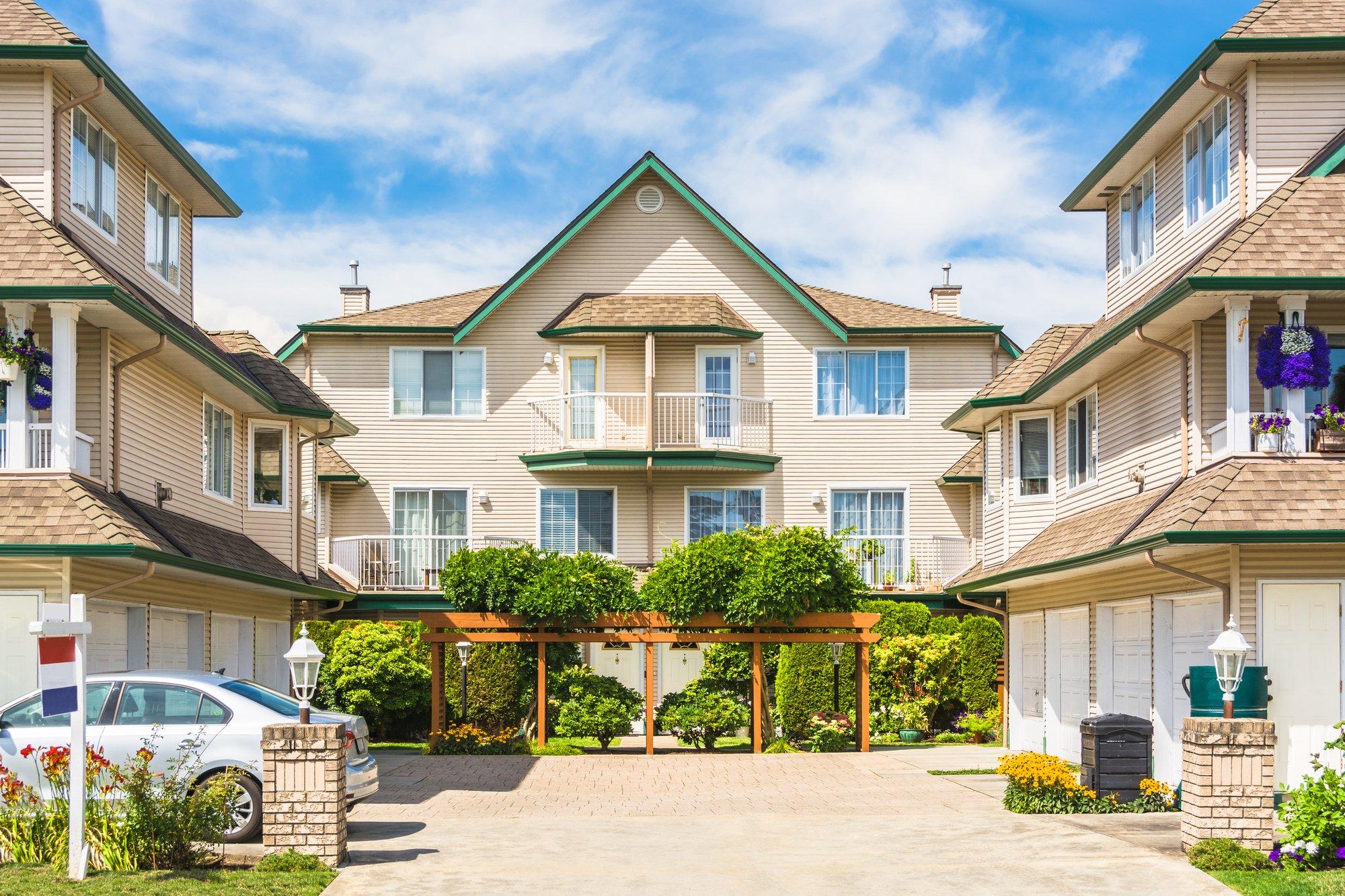 Neighbourhood of multifamily properties