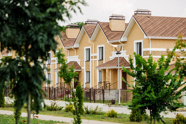 rental homes,apartment building property